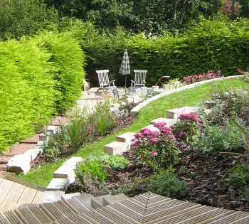 Garden design terraced garden totland isle of wight for Terrace garden designs